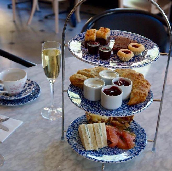 Afternoon Tea på Bara 16 april